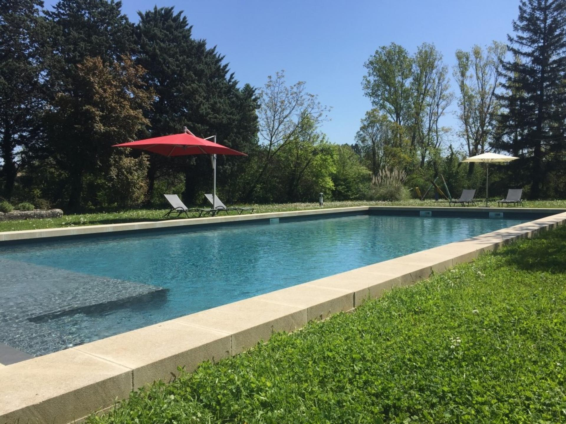 THE SWIMMING POOL IN BASTIDE DE LA SORGUE RENTAL