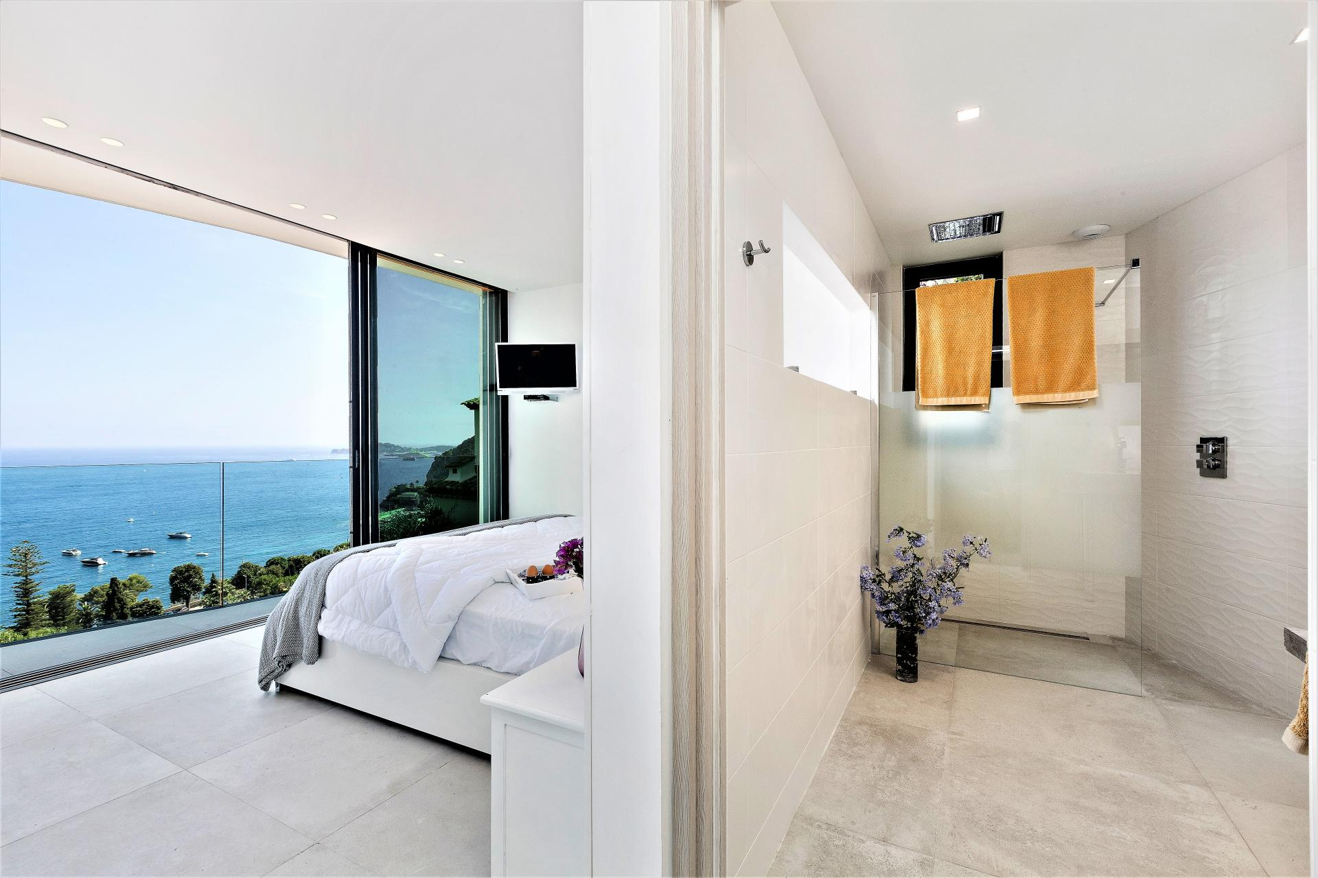 ENSUITE BEDROOM WITH SEA VIEWS IN A VILLA IN COTE D AZUR
