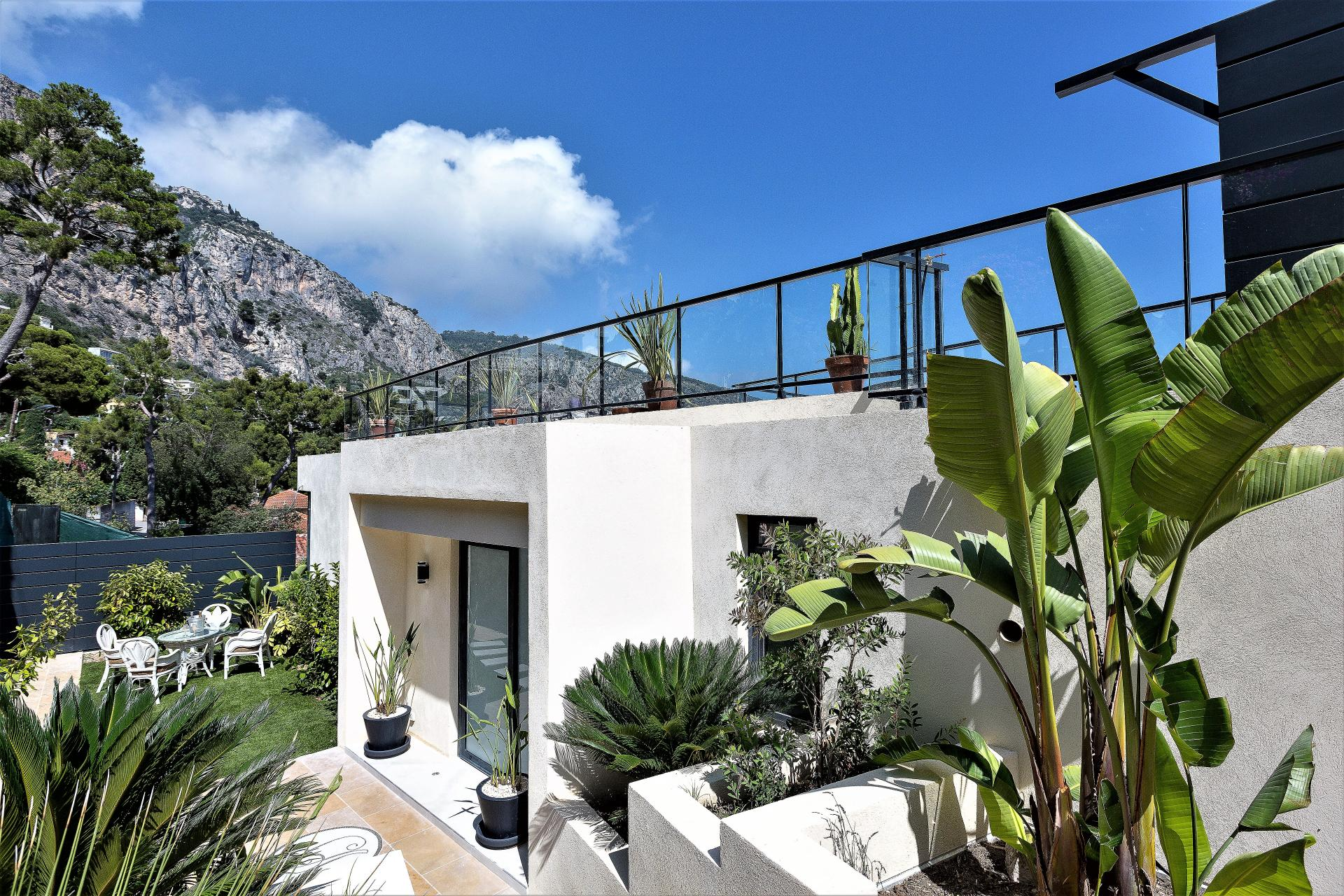 ROOF TERRACE IN VILLA INFINITY LUXURY RENTAL