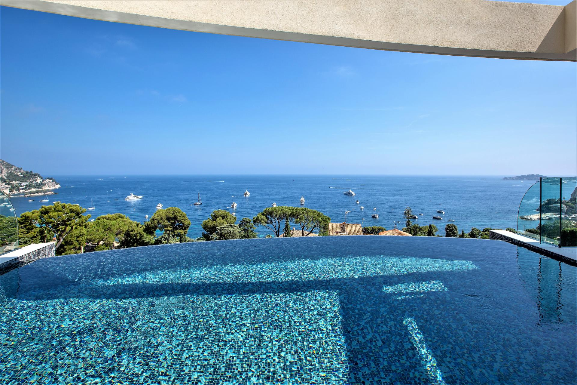 SEA VIEWS FROM VILLA INFINITY IN COTE D'AZUR