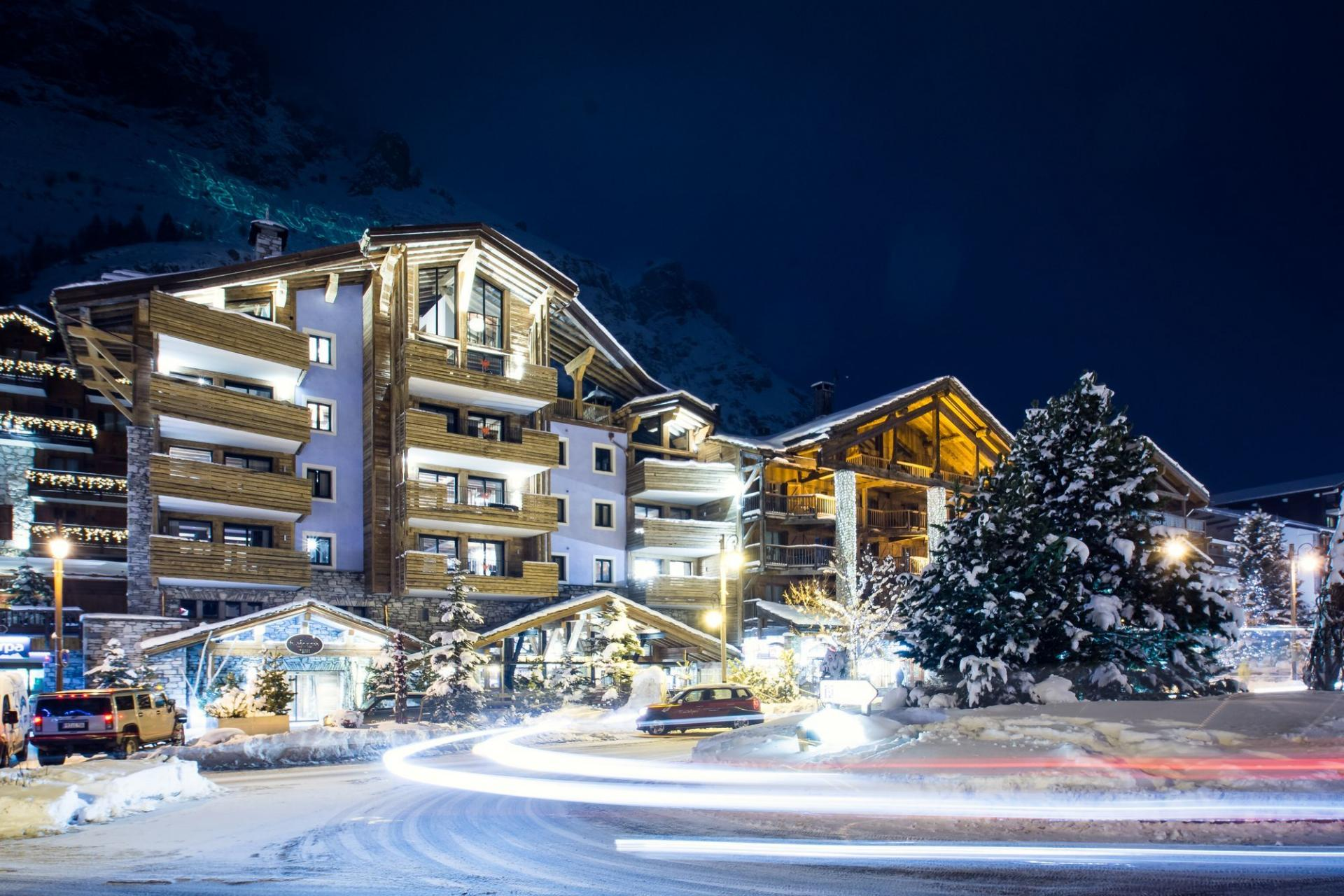 A BEAUTIFUL PENTHOUSE IN VAL D'ISERE IN THE ALPS FOR A PERFECT SKI HOLIDAY