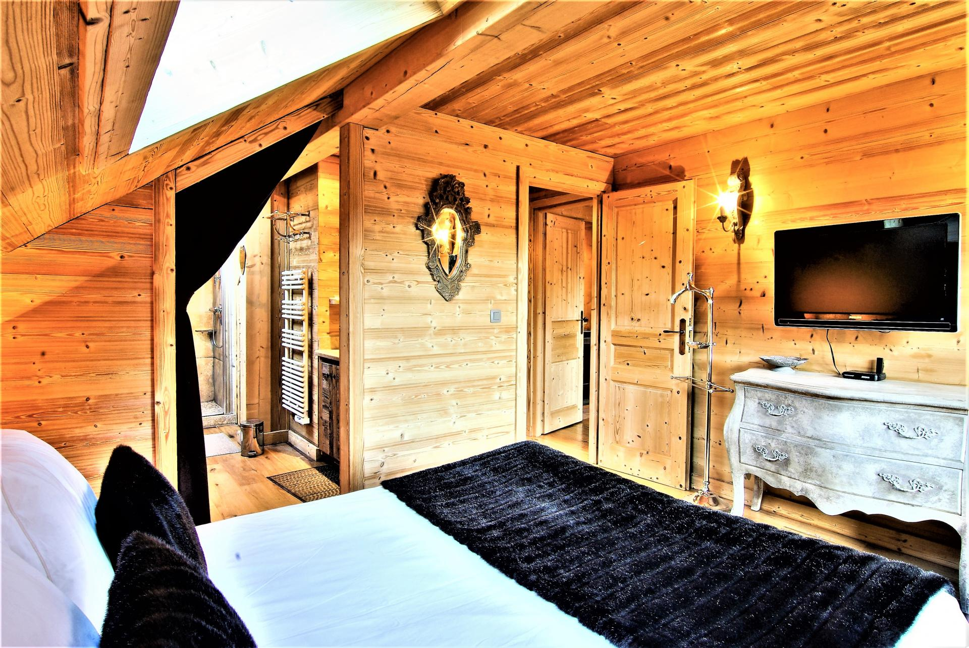 REFINED DECORATION FOR THIS CHALET