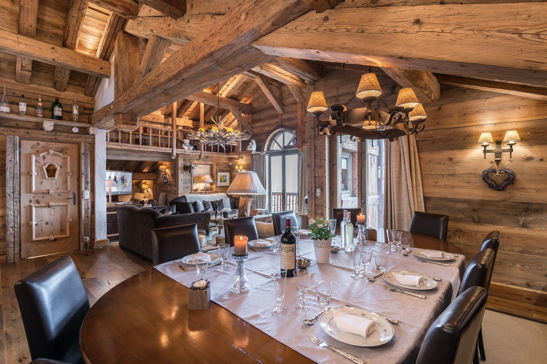 A BEAUTIFUL LUXURY CHALET TO RENT  IN COURCHEVEL IN THE FRENCH ALPS